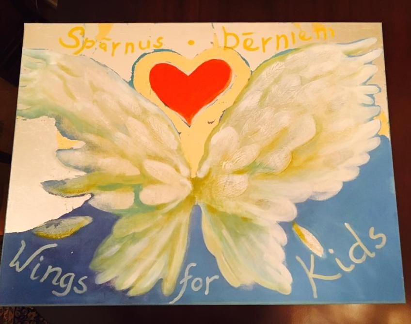 Картины за достойные пожертвования в будущее проекта «Крылья Детям»